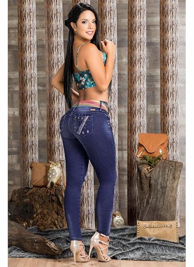 Jeans levanta cola colombianos en Alicante